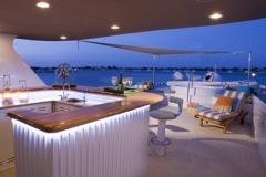 Upper deck bar