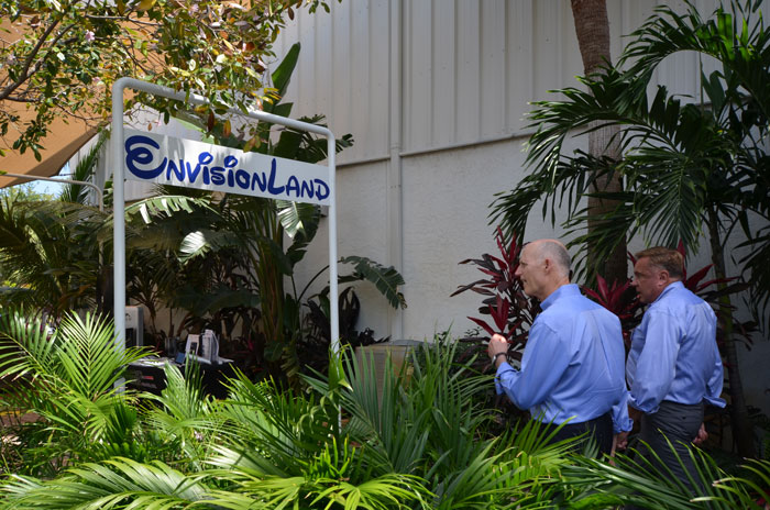 Governor Scott touring RGF's Envisionland