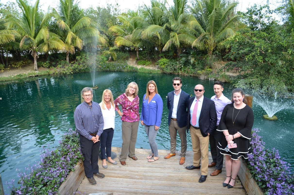 Vista Sales Associaciates group picture by Envisionland lake